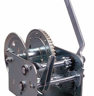 3200 LBS 2-SPEED HAND WINCH W/ BRAKE