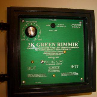 PRO-SERIES LED UTILITY LUMINAIRE INCLUDES 5,000K 15 WATT LED LUMINAIRE, ALUMINUM HEAT SINK AND JUNCTION BOX CASE OF 12